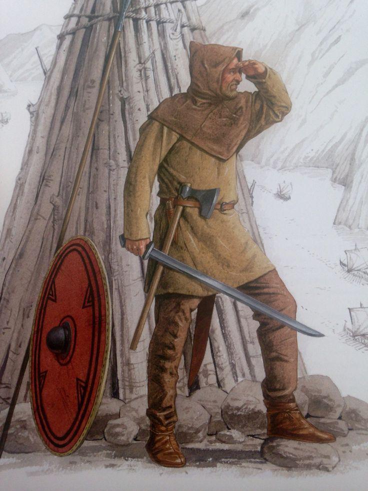 """Nordnorsk kriger iklædt dragten fra Skjoldhamn. Denne dragt var sandsynligvis samisk inspireret og fra omkring år 1000.  Efter """"Vikinger i krig""""."""