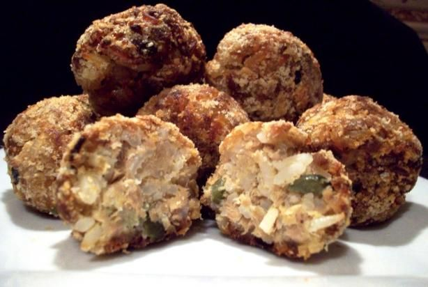 Tuna-Rice Balls from Food.com:   Appetizer or entree--easy to make and tasty! Substitute crab or lobster. From food blog with my changes.