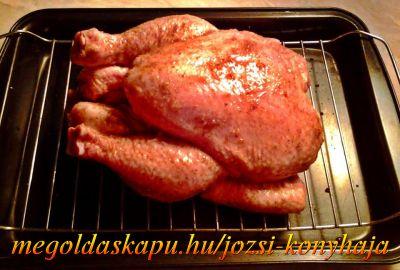 1.) Csirke egészben sütve http://megoldaskapu.hu/csirke-receptek/csirke-egeszben-sutve