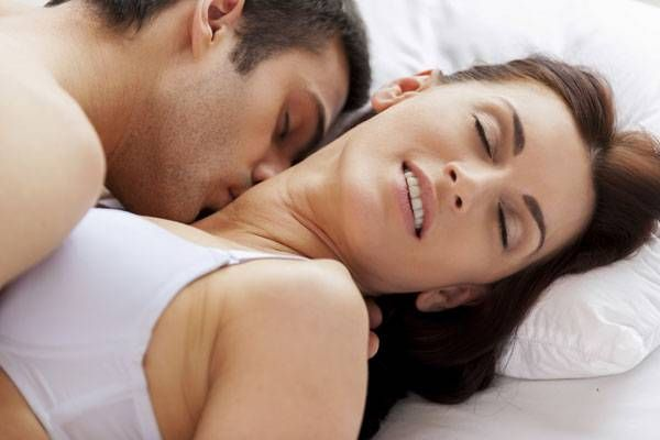 10 mistakes men make in bed