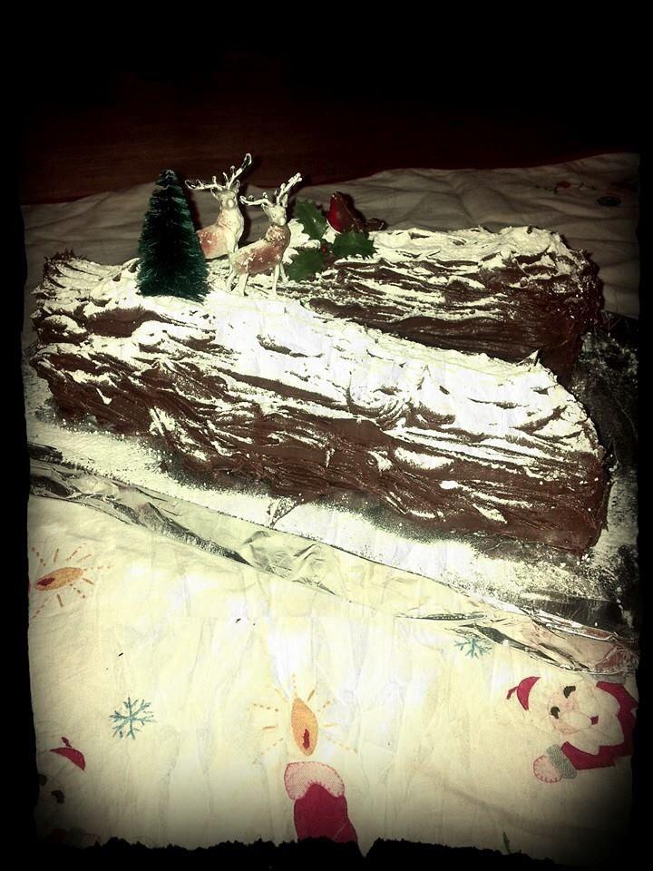 Yule log vintage christmas