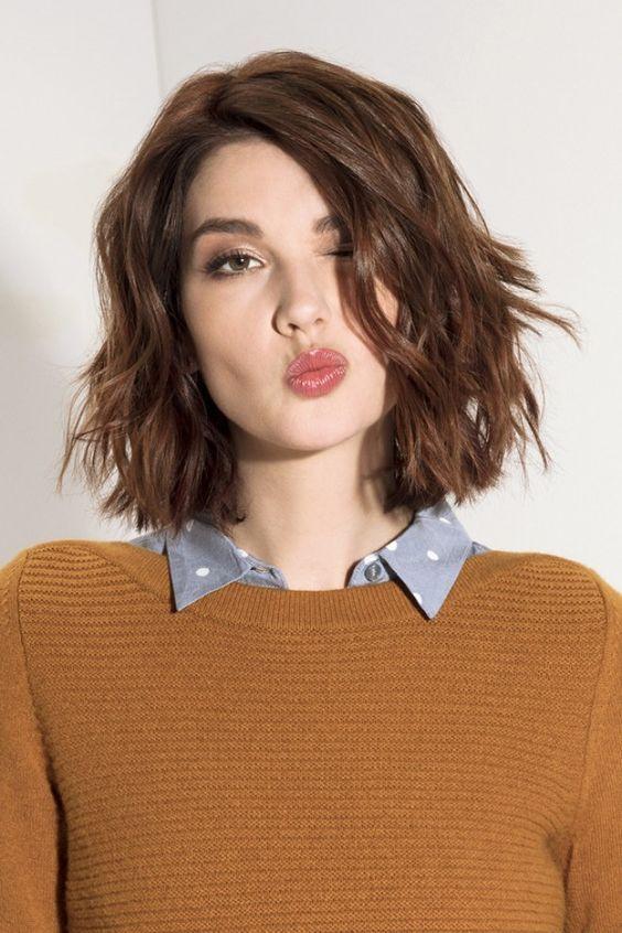 Tendance coiffure : Vous ne couperez pas au carré !