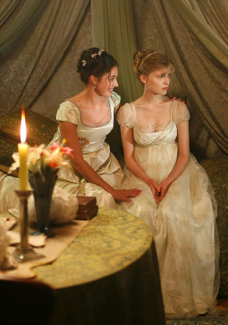 Sonja and Natasha - Ana Caterina Morariu and Clémence Poésy in War and Peace (TV mini-series 2007, novel by Leo Tolstoi).