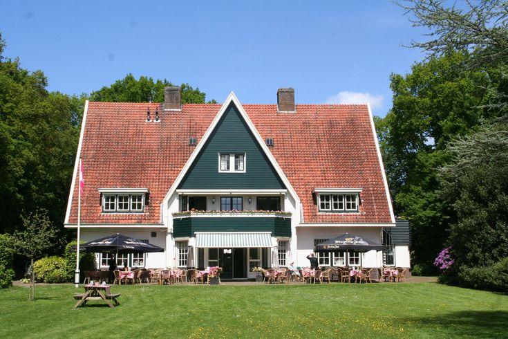 Zijn jullie op zoek naar een trouwlocatie in Overijssel? Kom dan de trouwzalen van De Barones in Dalfsen bekijken! Op slechts 10 minutenvan Zwolle!