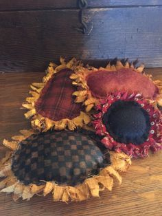 tea staining sunflower tutorial. Try with wool for the petals. -M