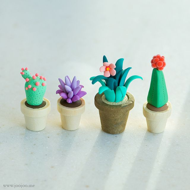 Polymer clay cactus by {JooJoo}, puccezza a tutt'andare.
