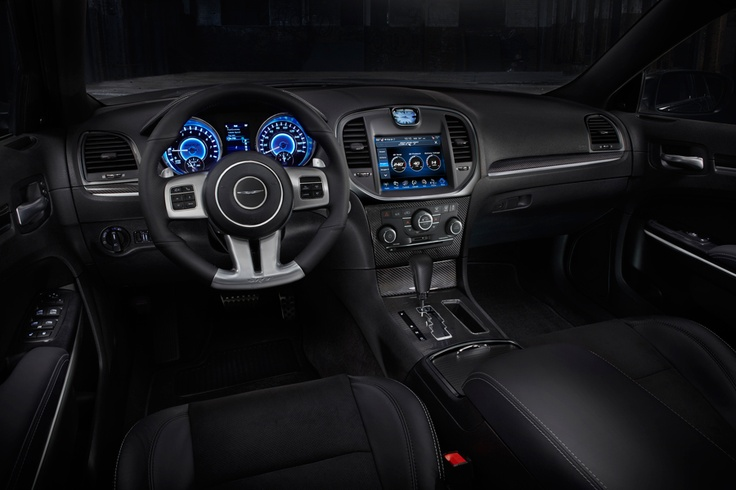 2012 Chrysler 300 SRT Interior