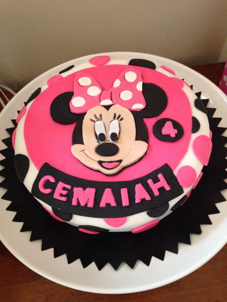Minnie mouse chocolate cake