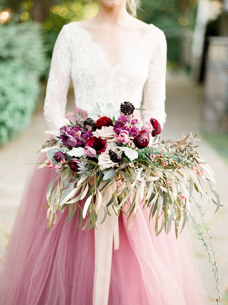 purple and mauve bouquets - photo by Julie Paisley http://ruffledblog.com/southern-summer-wedding-inspiration-with-berry-hues