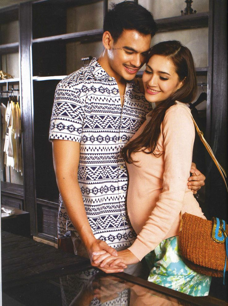 (X)S.M.L Peach Sweater is appeared on Kartini - May 2013