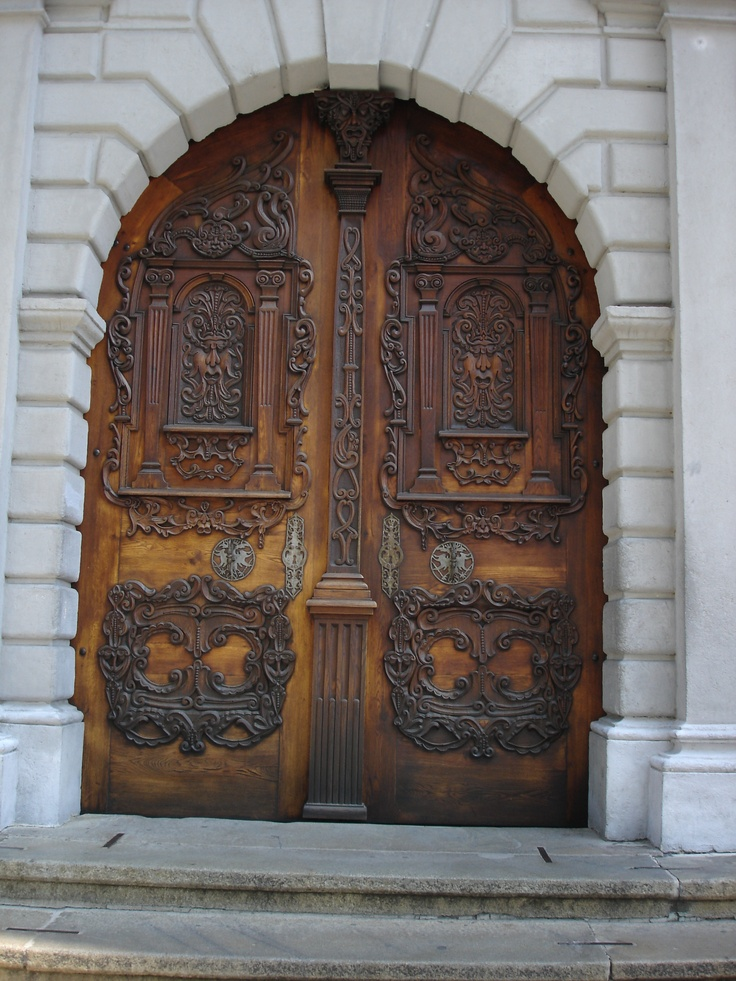 1000 images about carved by hand on pinterest worms for Amazing hand carved doors