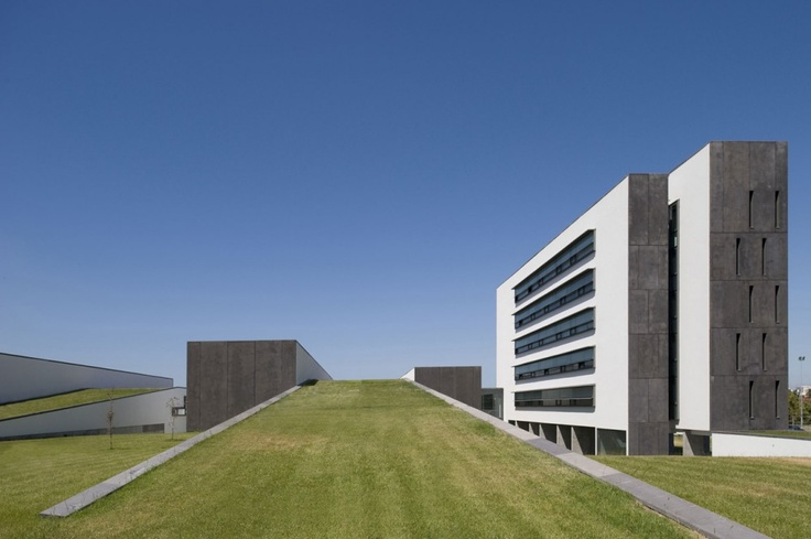 Escuela Superior de Tecnología de Barreiro / ARX
