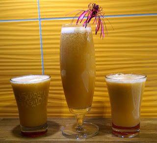 Pij soki wyciskane: Pomarańcza, jabłko, ananas