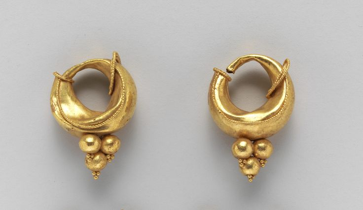 Gold boat-shaped earrings. Period: Classical. Date: 4th–3rd century B.C. Culture: Etruscan.
