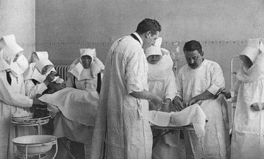 Sint Franciscus Gasthuis - ziekenhuis Rotterdam - Operatiekamer 1923