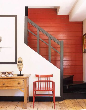 Gloss chinese red with black stairs are invigorating and inviting