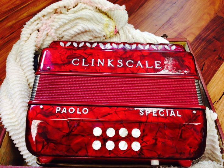 A Clinkscale 2 Row made by Paolo Soprani