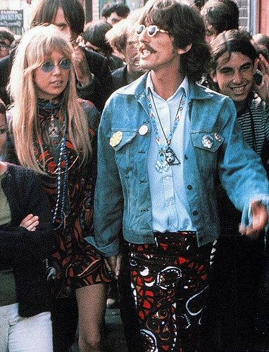 Hippies Clothing in the 60s | Vintage Festival Fashion George & Pattie Woodstock 60s | Hippy