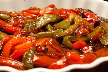 Il peperone è un frutto colorato e di diverse forme. Può essere dolce, ma anche piccante e si coltiva un pò ovunque,noi lo cuciniamo…