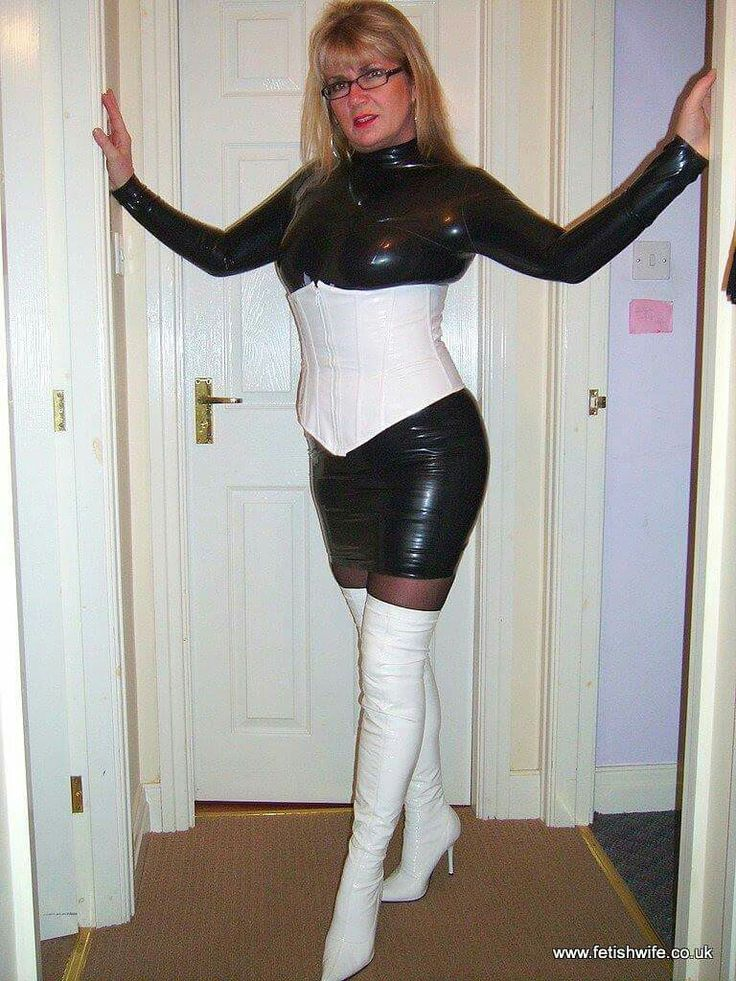 Sexy post! wife in leather fetish
