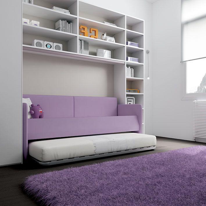 #Divano Alfa in #ecopelle lilla con #cuscinoni e secondo #letto estraibile. KP21 catalogo Team for Kids www.moretticompact.com