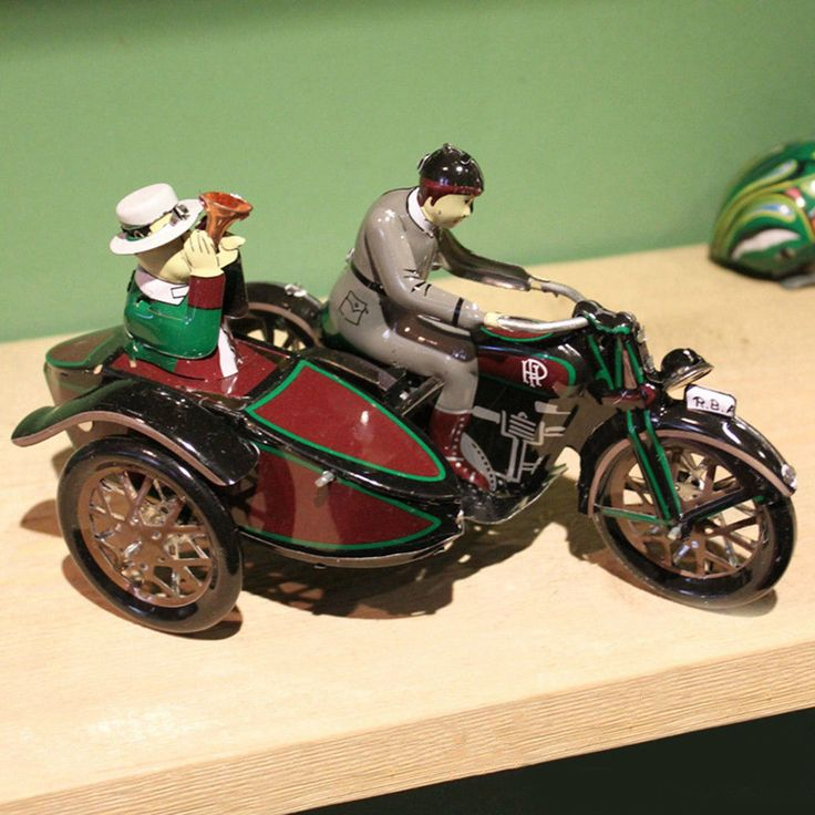 Antique Style Tin Toys Wind Up Ms804 motorcycle Metal Models