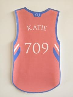 Like the Jersey Idea! Use door number for playeru0027s number! & 8 best Door Decs- Sports images on Pinterest | Door decs Door decks ...