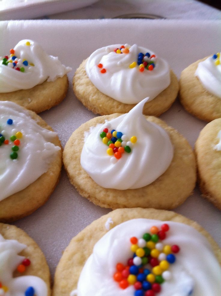 ... on Pinterest | Navidad, Hershey's kisses and Gingerbread cookies