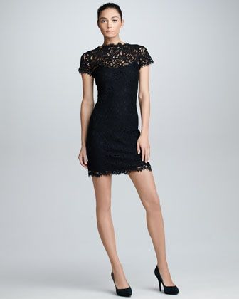 Short sleeve lace dress black