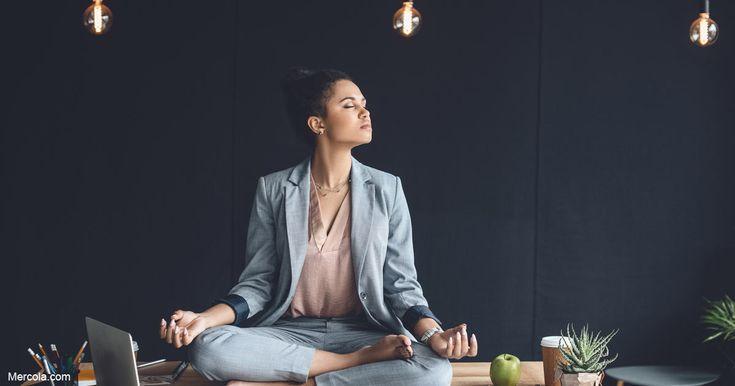 La atención plena, meditación y otras técnicas de relajación pueden ayudarle a aumentar su conciencia espiritual y simplemente ayudarle a sentirse más relajado y positivo. https://articulos.mercola.com/sitios/articulos/archivo/2018/02/02/tecnicas-de-meditacion-y-atencion-plena.aspx?utm_source=espanl&utm_medium=email&utm_content=art1&utm_campaign=20180202&et_cid=DM183449&et_rid=201964939