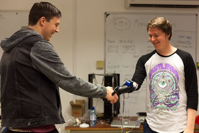Open Bionics Demos Successful 3D Scanned & 3D Printed Robotic Prosthetic Open Bionics does it first and does it right with a 3D scanned and 3D printed robotic prosthetic for an individual born without his right hand.
