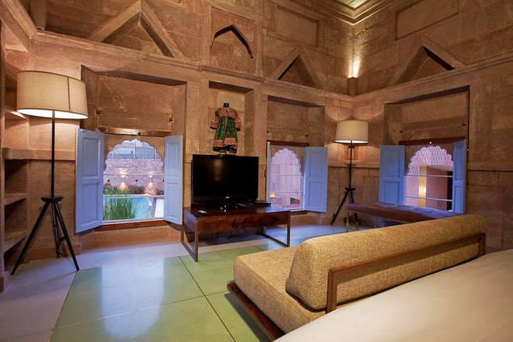 Although #Raas #Jodhpur #Rajasthan, has a lot to offer in terms of their #experiences, one can also laze around in the #luxurious and spaced out rooms! A perfect #RareIndia #DelhiGetaway!  #Explore More: http://bit.ly/1qNsvKP