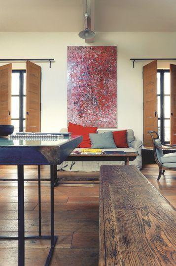 Le salon déco arty du premier étage - Resto à domicile au style industriel - CôtéMaison.fr
