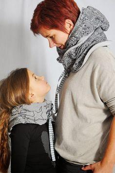 DIY Nähanleitung: Mützenschal nähen // diy sewing tutorial: how to sew a scarf hat via DaWanda.com