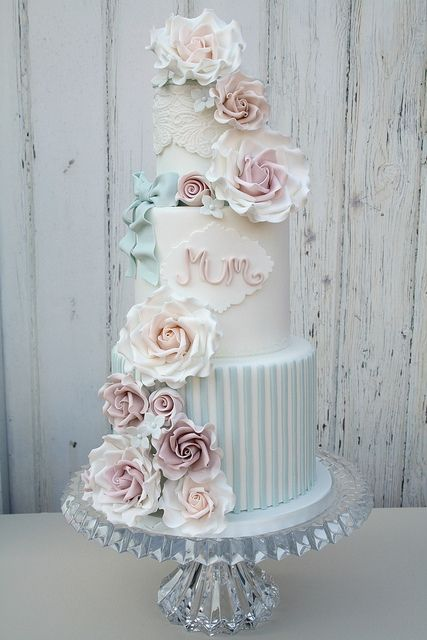 Blissfully Sweet 020 by Cotton and Crumbs, via Flickr. Wedding Cake