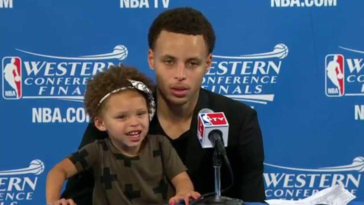 Pin for Later: Here's Why Stephen Curry and His Adorable Family Were Our No. 1 Obsession in 2015 When Riley Improved the Quality of Her Dad's Postgame Interviews