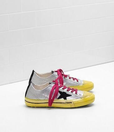 https://www.goldengoosesneakers.fr/  399 : Nouveau Golden Goose V-star 2 Sneakers GGDB Femme Argent JauneECOQTox