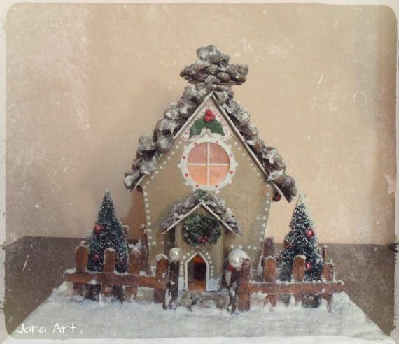 Il Natale si avvicina e questo portacandela,realizzato interamente a mano, è lideale per decorare la vostra casa. .★´*。¨*.