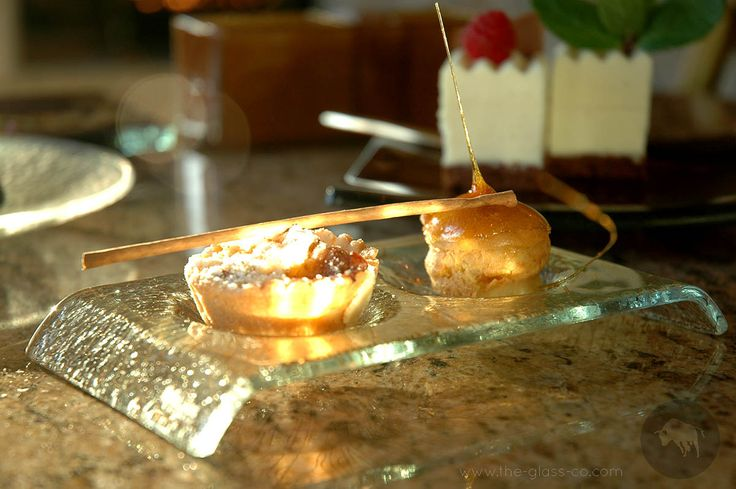 Bridge plate with two round inlets for dessert presentation designed by www.the-glass-co.com Code: S3-02-03-X40 Ask us at info@myglassstudio.com