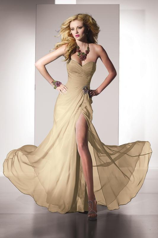 The 12 best Senior Prom images on Pinterest   Grad dresses, Ball ...