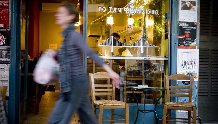Μια εντελώς στοχευμένη βόλτα σε αρκετά από τα νέα ή πιο ενδιαφέροντα street food σημεία της πόλης.