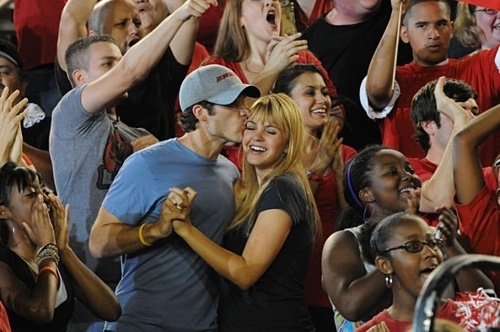 As annoying as Julie got by the end of the show, this picture is still pretty adorable. (Friday Night Lights)