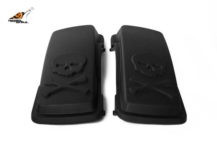 RS hard saddlebag lids skull design for touring 1993-2013 Image