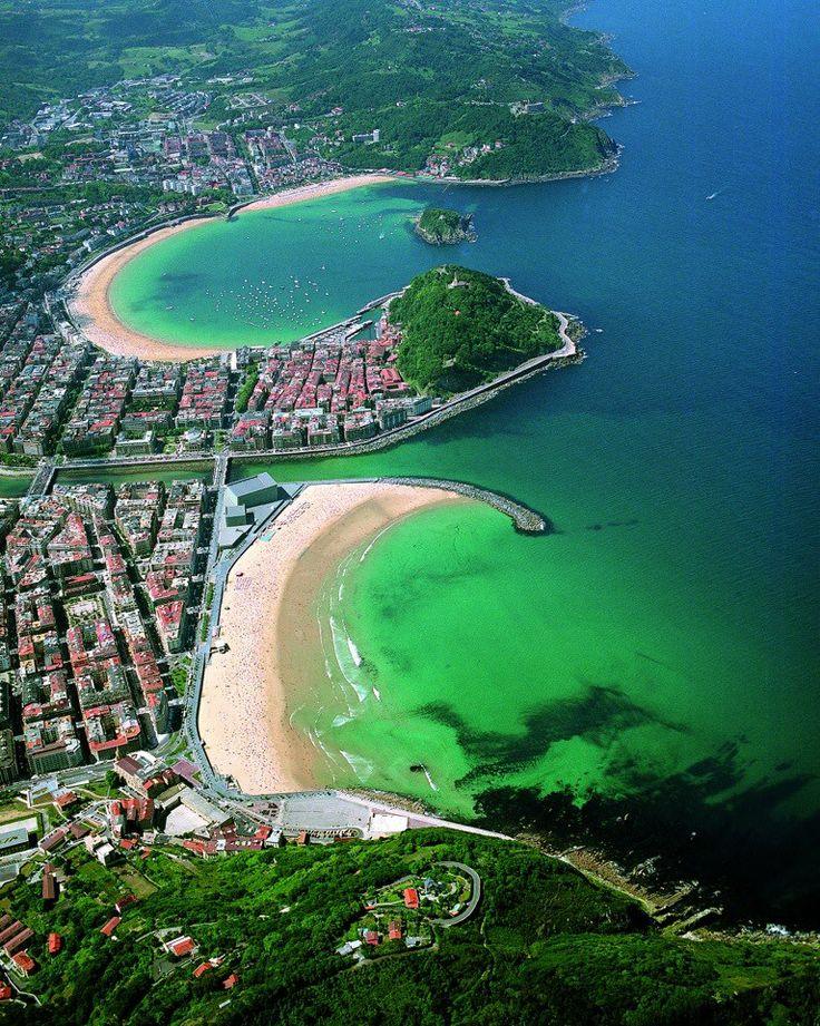 Donostia - San Sebastián ohhhhhh y encima es la ciudad donde juega LA REAL SCIEDAD.