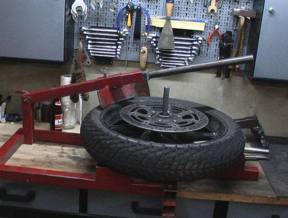 Les 25 meilleures id es de la cat gorie demonte pneu sur - Fabriquer un decolle pneu ...