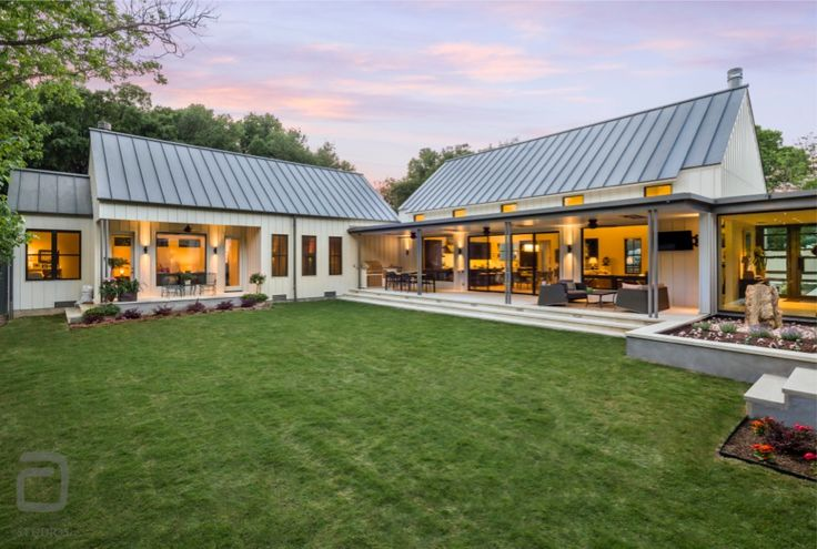 Modern Farm House With Large Backyard And Patios Space