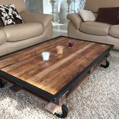Top 25 ideas about table basse industrielle on pinterest - Table basse roulette industrielle ...