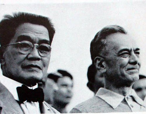Emilio Aguinaldo (then 72 years old) and Philippine Commonwealth President Manuel L. Quezon. Photo taken on June 12, 1941.