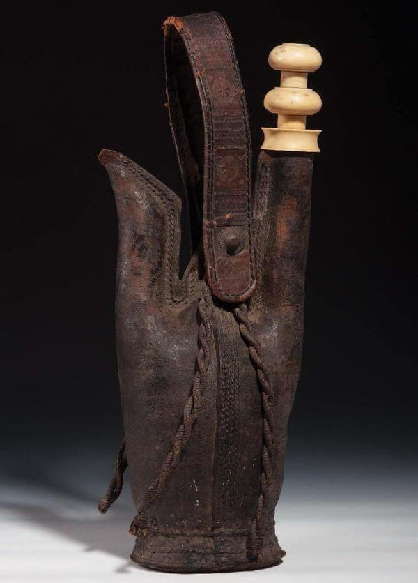 Leather Flasks, 16th Century (Osmanlı Deri Matara, 16.YY)