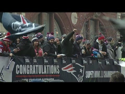 FOR YOUR MOBILE DEVICE WEATHER INFO ON THE GO: DOWNLOAD THE 22NEWS STORM TEAM WEATHER APP THE NEW ENGLAND PATRIOTS CELEBRATED THEIR 5TH SUPER BOWL WIN IN FRONT A MILLION PEOPLE IN BOSTON TODAY. 22NEWS REPORTER ASHLEY AFONSO WAS THERE AS THERE AS FANS LINED THE STREETS FOR THE SUPER BOWL...